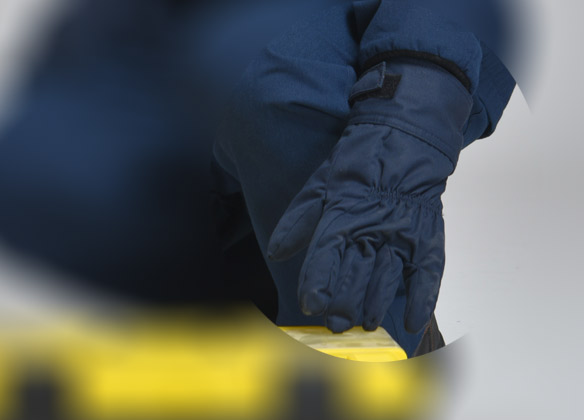 What are the advantages of C&G arc flash protection gloves?