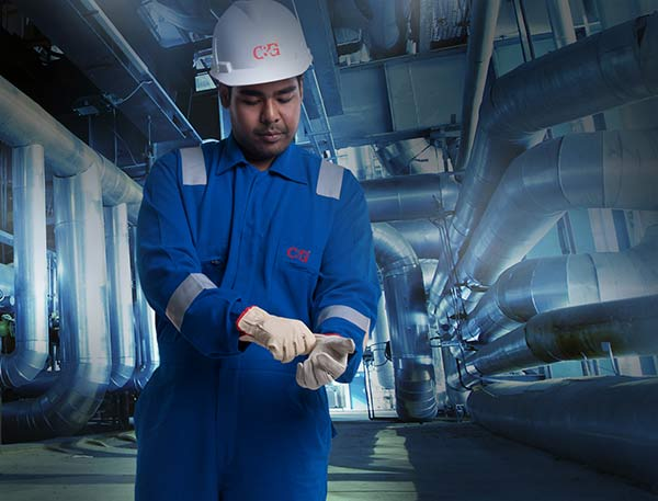 Nomex flame resistant clothing for industrial use
