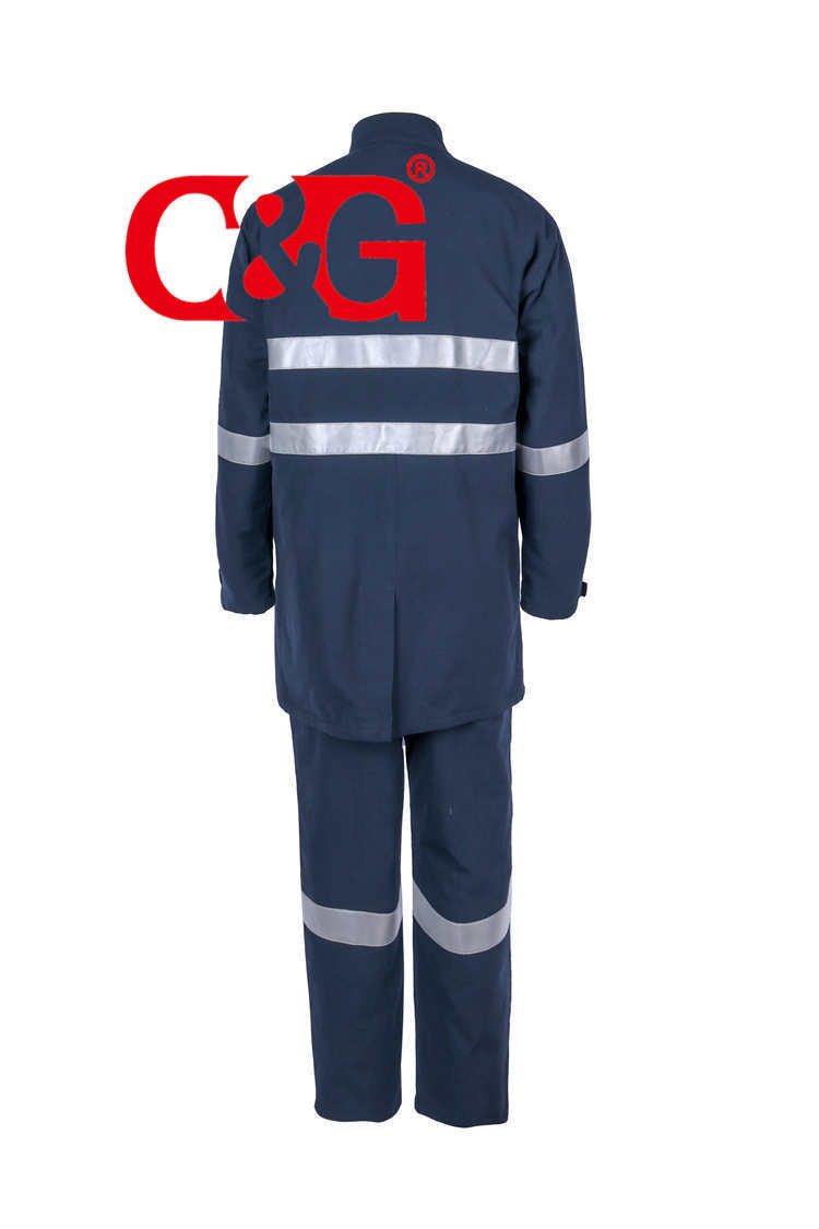 HRC4 40 cal arc flash robe and bib overall